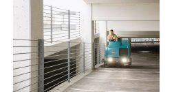 M20 Integrated Ride-on Sweeper-Scrubber 7